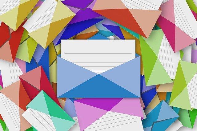 envelope-1829488_640 (1)