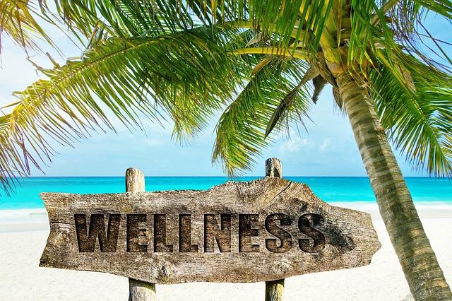 Tabuľa s nápisom Wellness