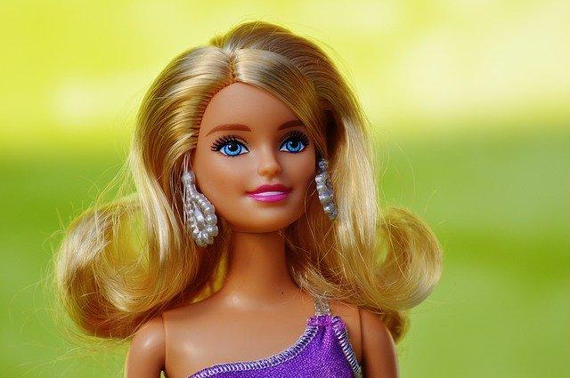 Bábika Barbie.jpg
